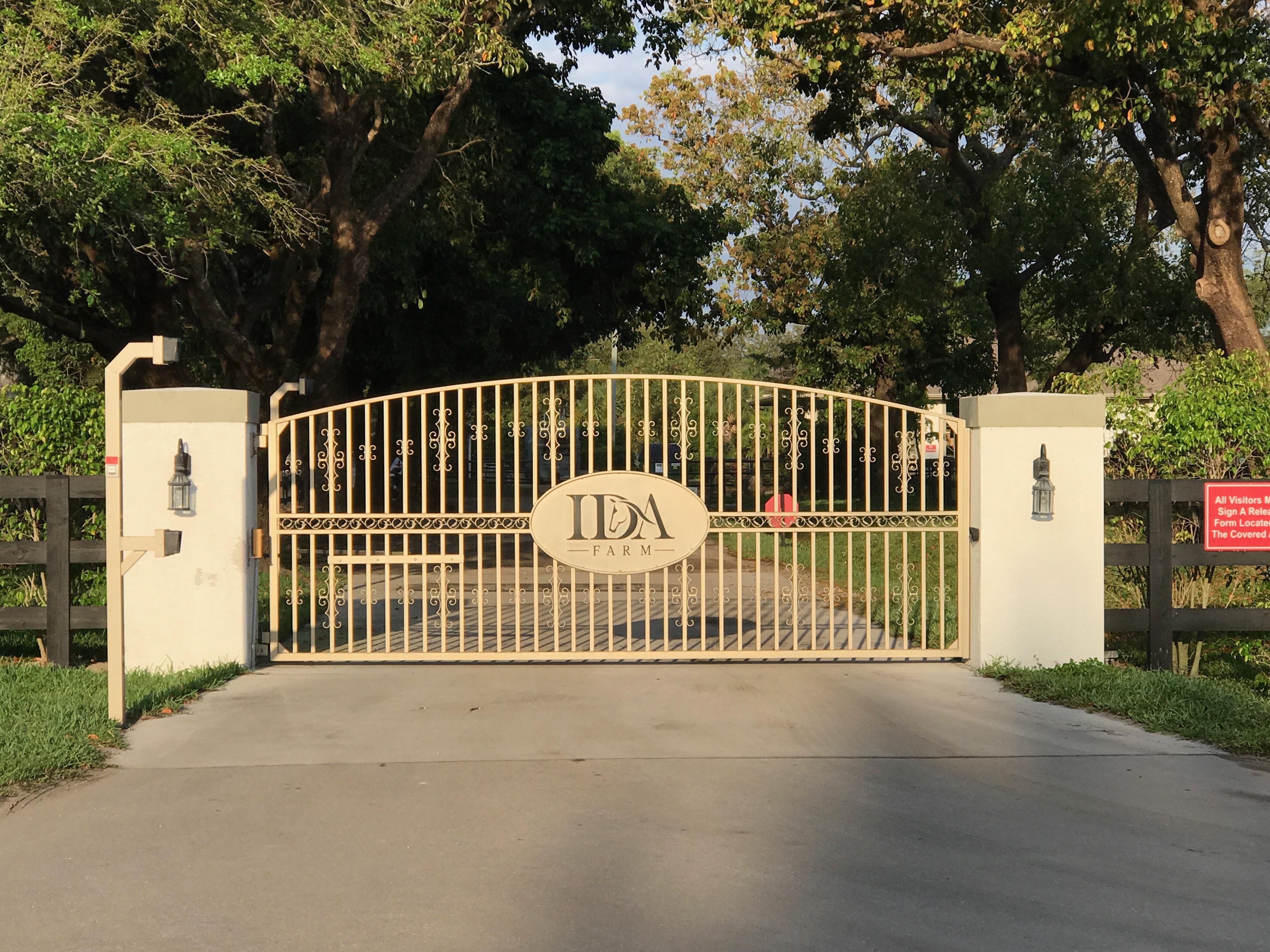 IDA Gate